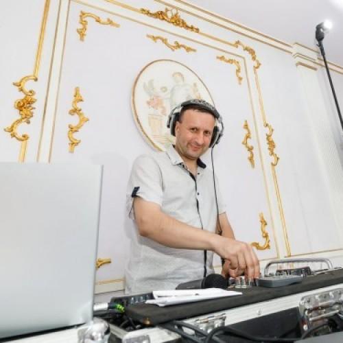 Диджеи (DJ)